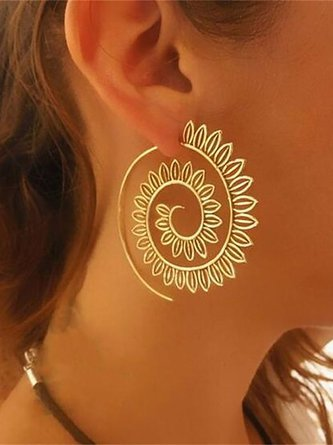 Andynzoe Womens Exaggerated Round Gold Alloy Earrings